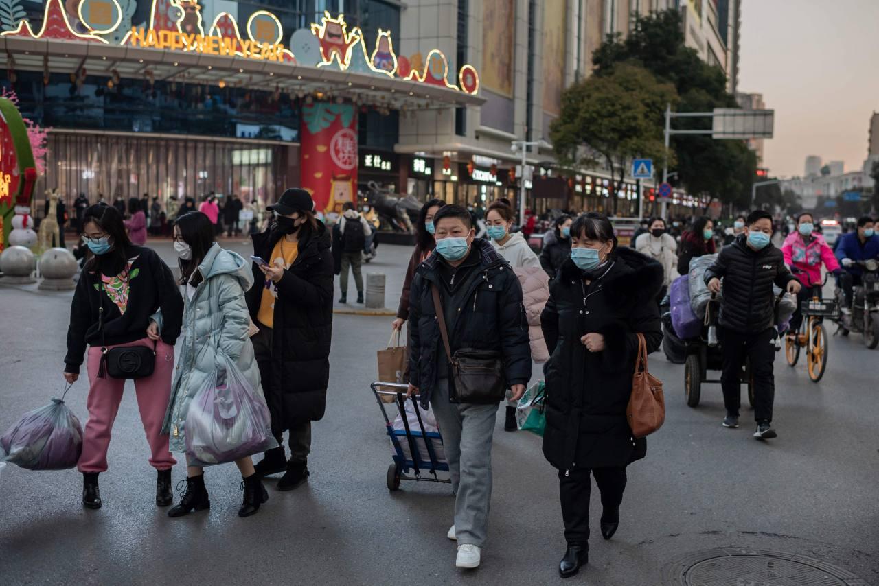 Tras casi ocho meses, China vuelve a reportar un fallecido por COVID-19