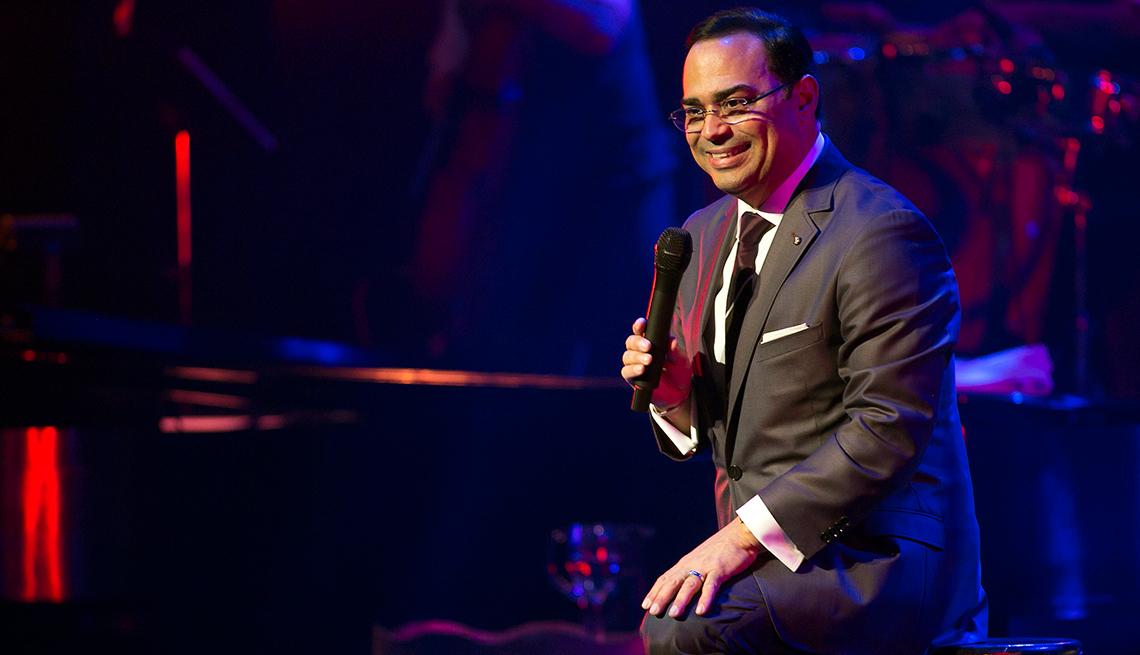 Gilberto Santa Rosa volverá a cantar en vivo a los escenarios de Puerto Rico