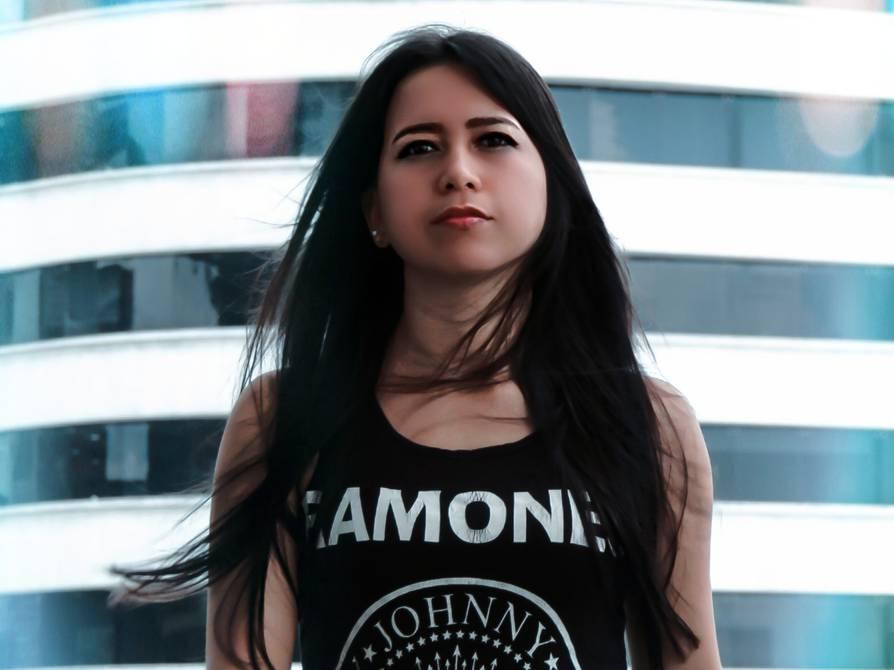 Megan Wong: la batería, guitarra y su voz se han convertido en sus mejores aliados