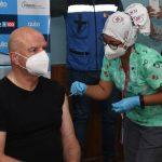 Vicepresidente Alfredo Borrero se vacunó contra el coronavirus y anuncia que se inmunizará a partir de los 12 años en Ecuador