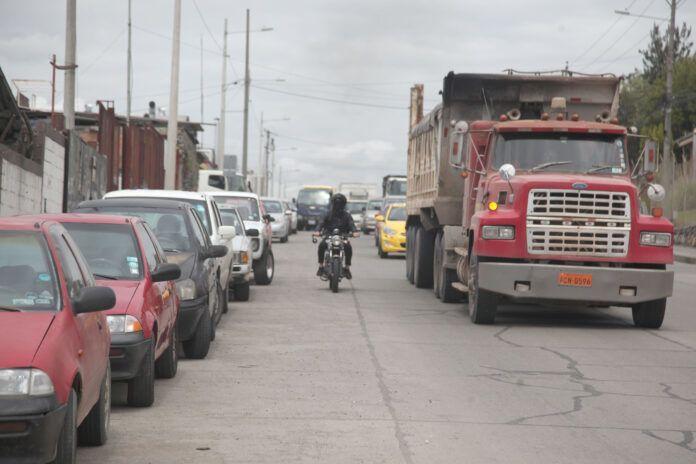 Planifican dos parqueaderos para aliviar los problemas de tráfico en el Parque Industrial