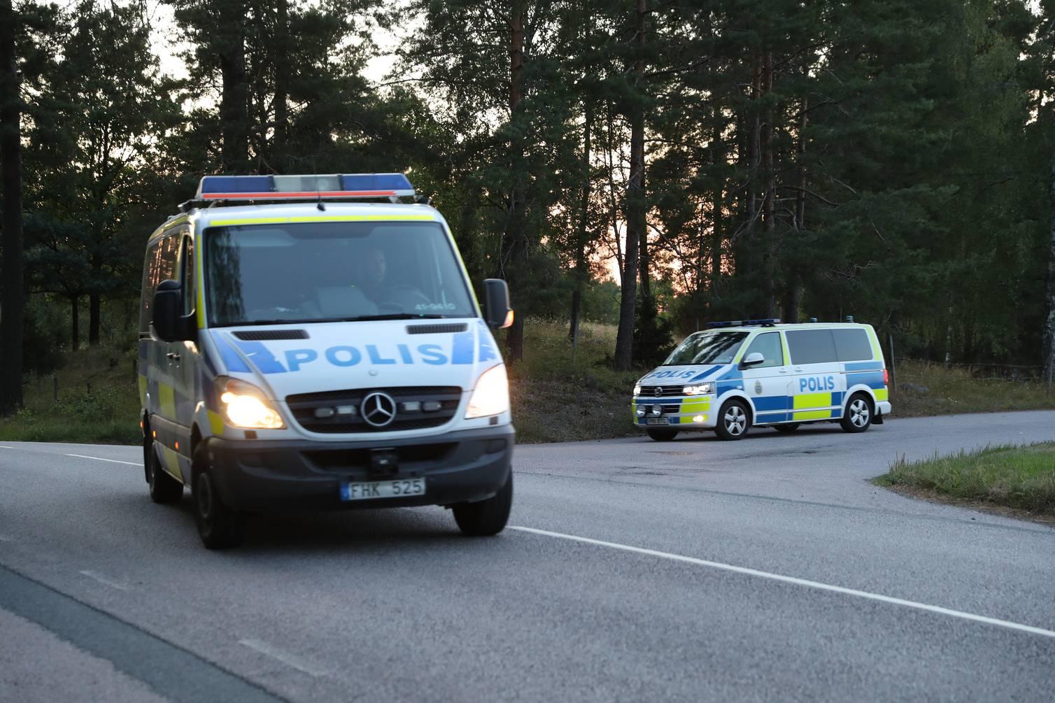 Tras 20 pizzas y nueve horas de negociación terminó toma de rehenes en cárcel de Suecia