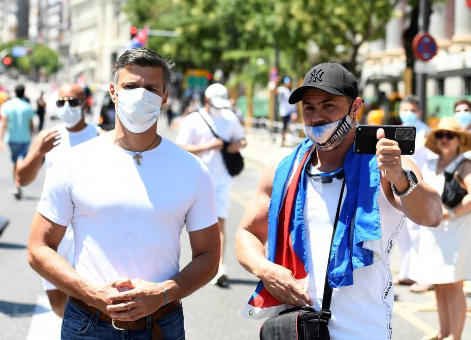 Cubanos exiliados marchan en Madrid en apoyo a las protestas en la isla
